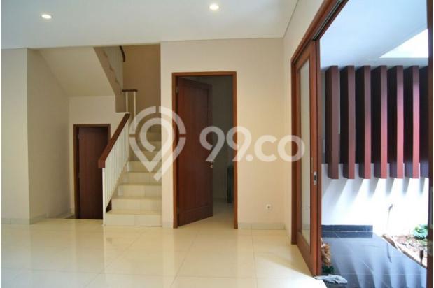 Rumah Baru 2 Lantai, SHM di SRENGSENG SAWAH, Jagakarsa 14371410