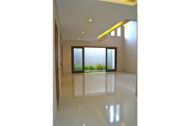 Rumah Baru 2 Lantai, SHM di SRENGSENG SAWAH, Jagakarsa 14371411