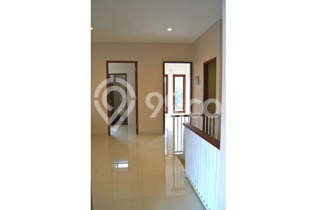 Rumah Baru 2 Lantai, SHM di SRENGSENG SAWAH, Jagakarsa 14371412
