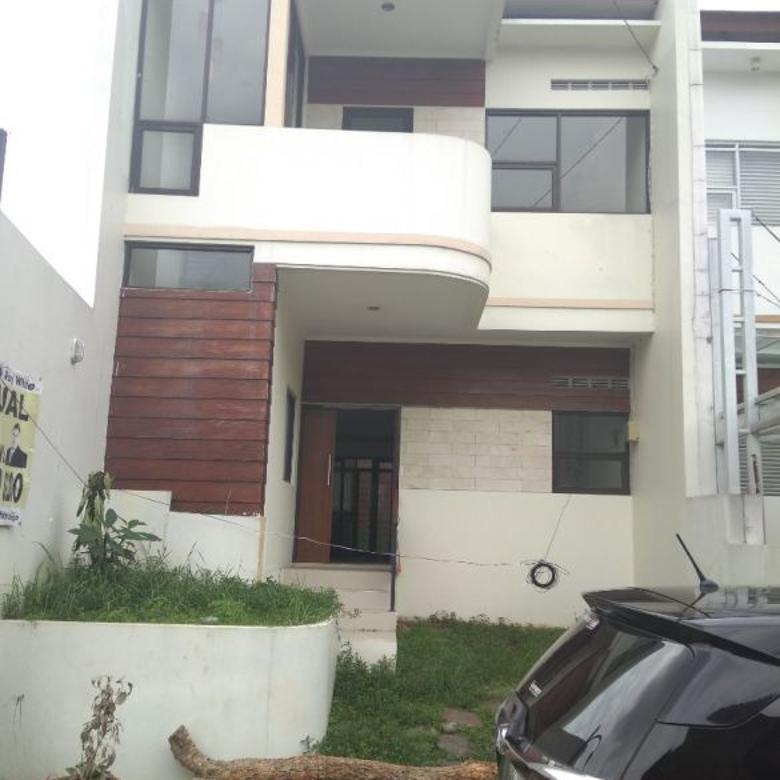 Dijual Cepat Rumah Strategis di Cigadung Raya Barat Bandung