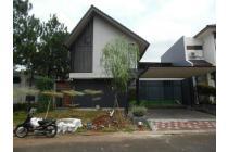 Rumah baru, hoek, selatan, di cluster The Avani
