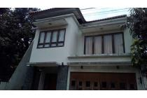 Rumah Dengan Lolasi strategis Harga Bersahabat!