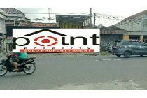 Tanah : 814 M2, tepi Jl. Raya di Kota SOLO.