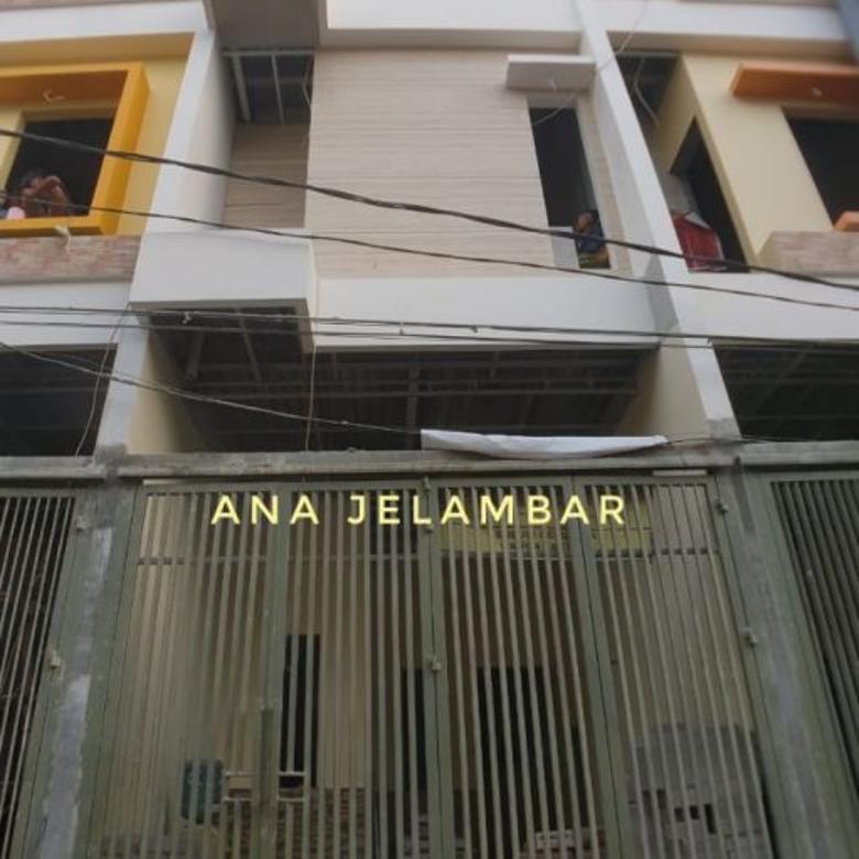 Rumah Baru 4 lantai uk 3,5x10m di Jelambar
