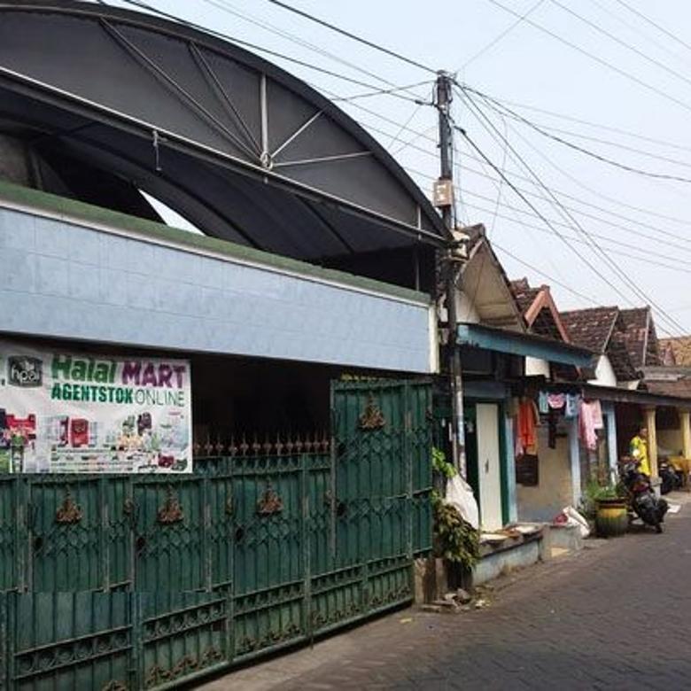 Rumah Siap Huni Cocok Buat Usaha Baru Daerah Gayungan