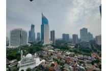 Apartemen Sudirman Park 3BR Corner, Baru Renov, Bersih dan Terawat, Jarang Ada