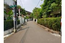Hitung Tanah Cocok Untuk Bangun Rumah Baru Lokasi Strategis Dekat Senayan Kebayoran Baru Jakarta Selatan