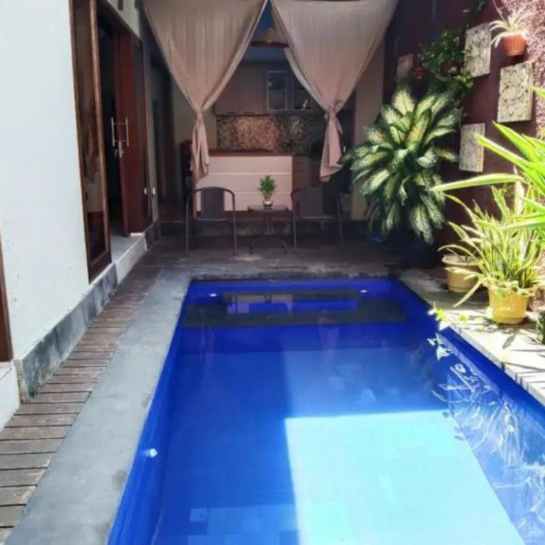 Villa cantik 3 Bedroom Strategis Kerobokan Badung Bali