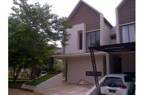 Town House Besar+ Privat Pool, Unit hoek , Cash / Kpr DP 0% Bebas Banjir