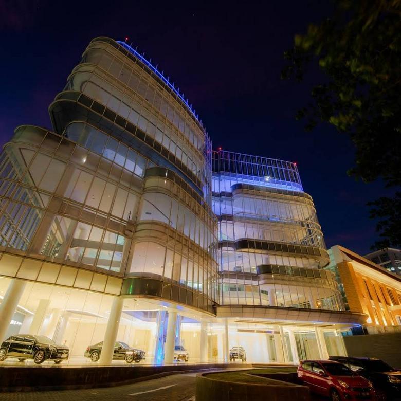 Gedung bagus siap pakai di lokasi strategis bsd city