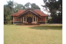 Villa Indah Di Megamendung Siap Huni