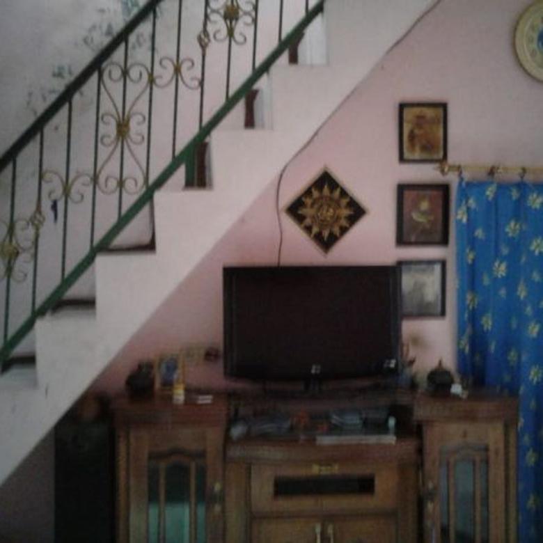 Rumah 2 Lt STRATEGIS dekat STASIUN LENTENG AGUNG MuRaH 375 jt