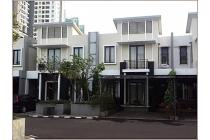 3+1 Bed Room Town House Cosmo Park @ Thamrin City Mall