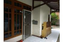 CENGKARENG Rumah (hook) dekat pasar Ganefo, Jakarta Barat