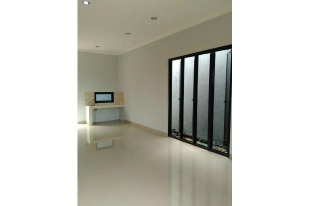 Rumah 2 Lantai Dekat Stasiun Dilalui Angkot Nempel MINIMARKET 16510460