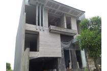 Dijual rumah Waterfront citraland surabaya barat High quality cozy house