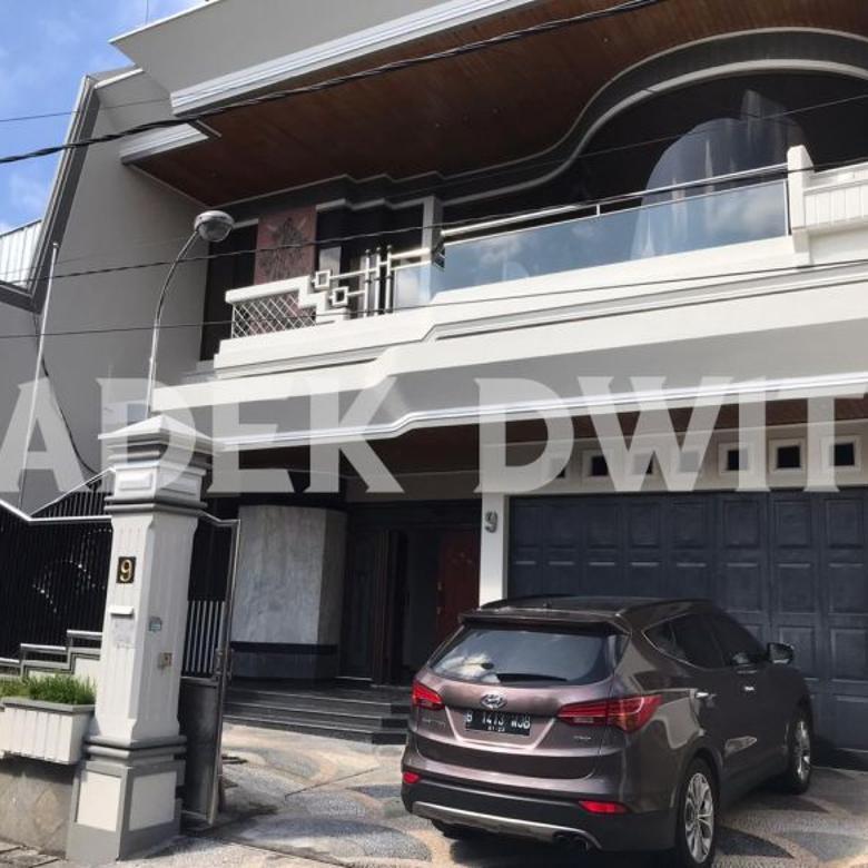 Rumah mewah Gatsu 1 denpasar dekat nangka sekar tunjung renon