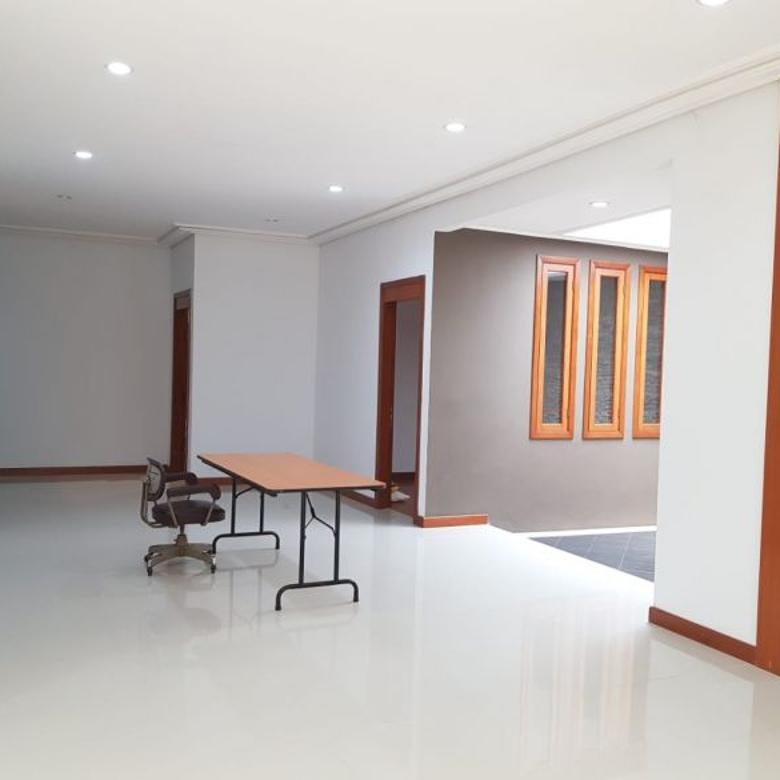 Rumah Setrasari Dkt Mainroad Sutami Minimalis, Siap Huni LT:511 LB:360