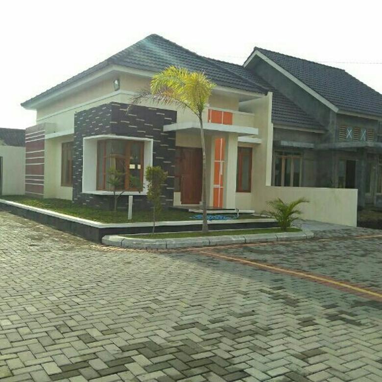 Rumah Baru Lingkungan Lux Gentan Sukoharjo