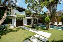 Seminyak 3 Bedrooms Freehold Villa with 600 m2 land