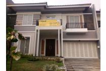 Rumah dijual di Villa Bukit Regency Surabaya Barat dengan lokasi strategis