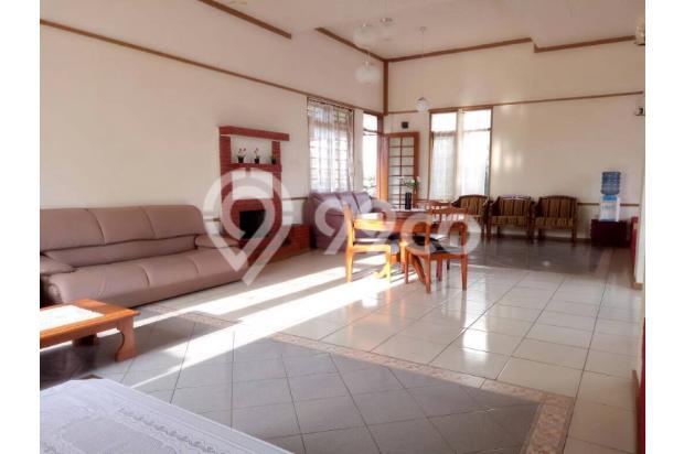 Villa Luas Istimewa di Bandung 15789619