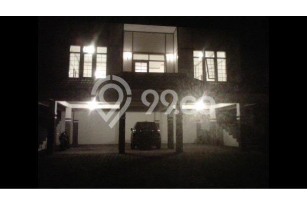 Villa Luas Istimewa di Bandung 15789627