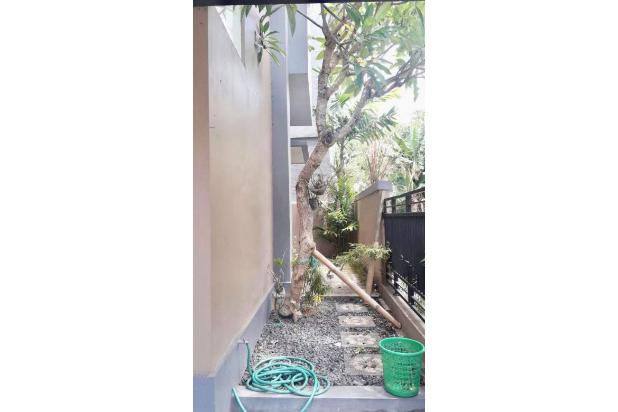 Disewa Rumah 2 Lantai Minimalis di Jalan Pulau Saelus Denpasar Bali 14417378
