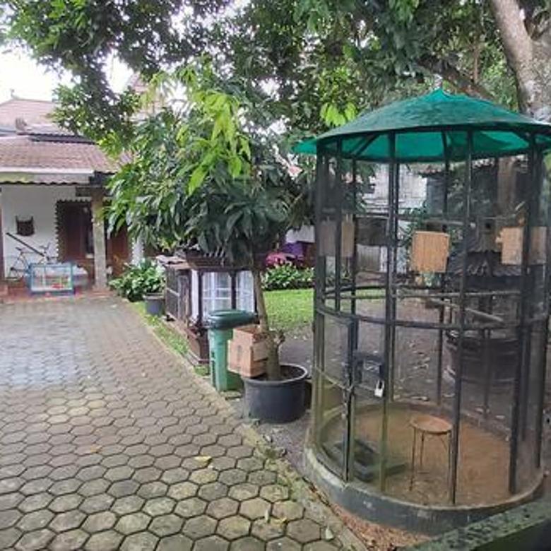 Rumah di Ragunan, Jakarta Selatan ~ Lokasi Nyaman dan Asri ~ Jalan Lebar