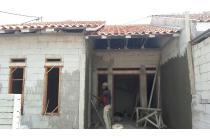 Dijual Rumah Minimalis Baru Rangka Atap Baja Ringan Tahap Finishing