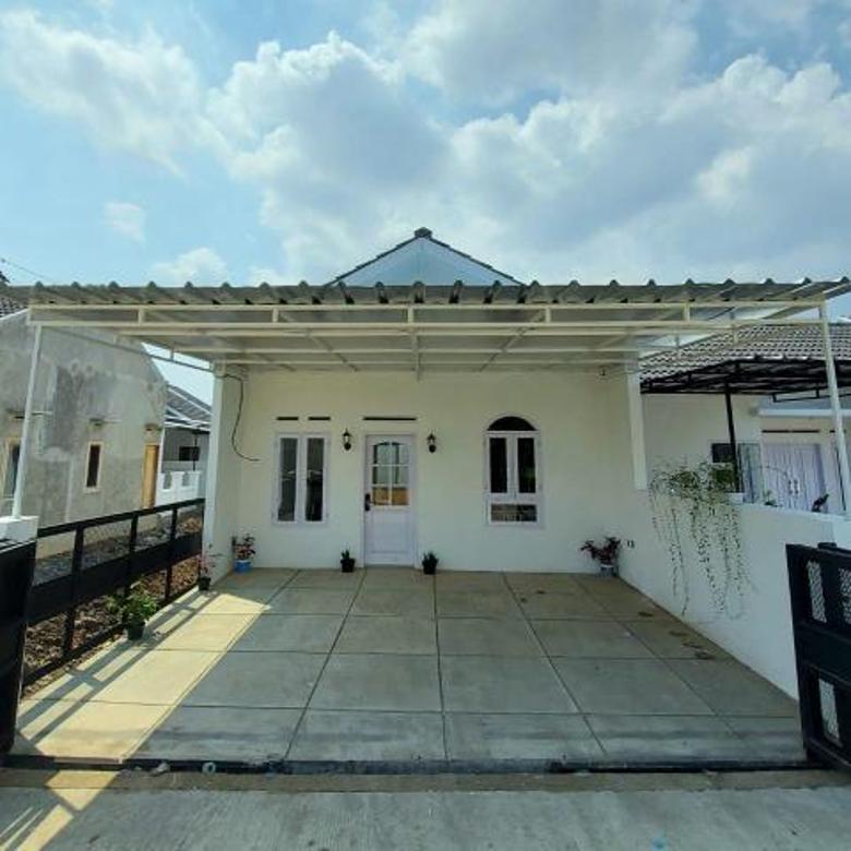 Rumah cantik asri dan minimalis di bandung