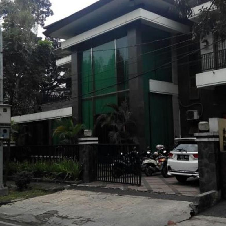 Rumah Istimewa Jl Riau, Pusat Kota LT:410 LB:490
