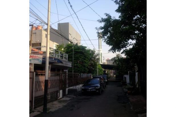 Rumah Lama Halaman Luas di Rawamangun Jakarta 5449523