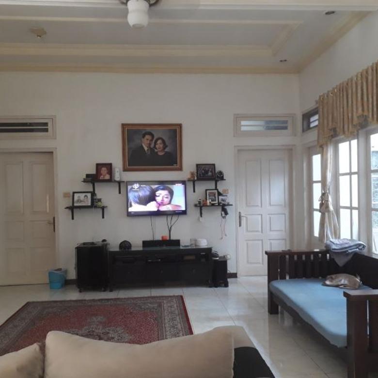 Rumah siap huni di Mampang Prapatan.