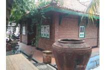 Rumah Tinggal Bertipe Joglo Khas Jawa