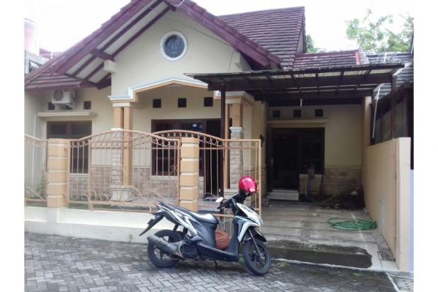 Rumah Timur Stadion Maguwoharjo Dalam Perumahan 5408263