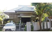 Disewakan Rumah Modern di Giri Hill Bali