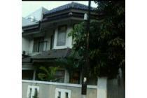 Dijual Rumah 2 Lantai di Mendawai Kebayoran Baru Jakarta Selat