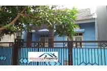 Rumah Biru Minimalis di Bekasi Timur Regency