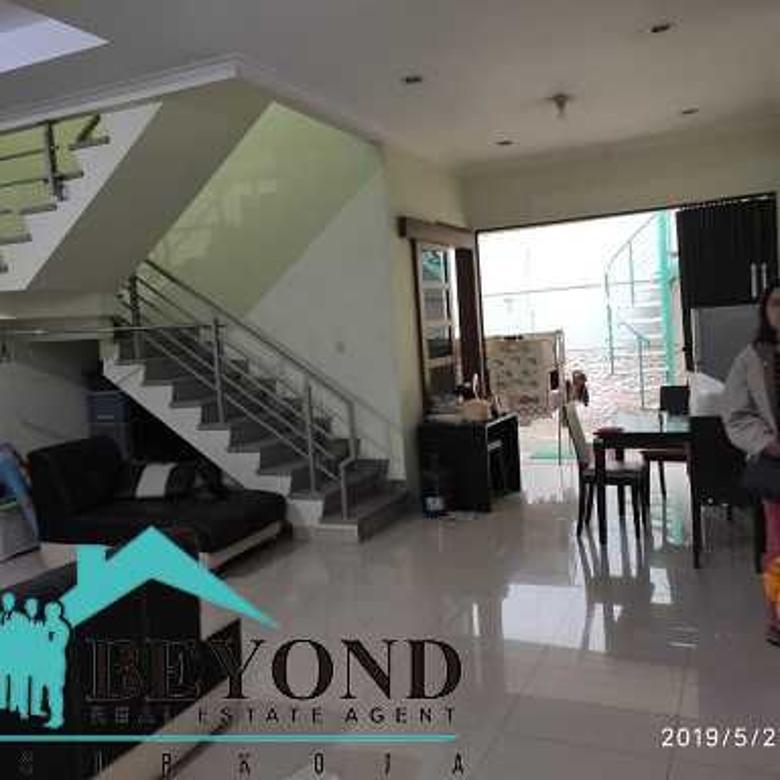 Rumah Cantik PASTI IDAMAN di Lingkungan TOP Singgasana Bandung