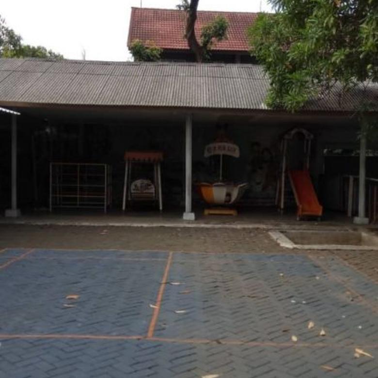 Gedung Siap Pakai Cocok Untuk Sekolahan Lokasi Jalan Raya Pahlawan Revolusi
