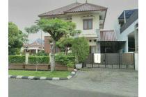 Rumah cantik hook di Kemang Pratama 5