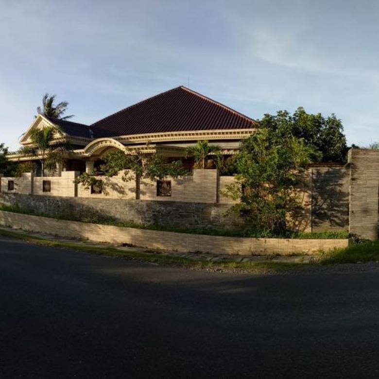Rumah Luas 2100 m Pinggir Aspal di Kasihan Bantul