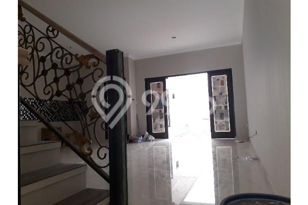 Rumah Baru 2 Lantai di Cilandak Jakarta Selatan 14323310