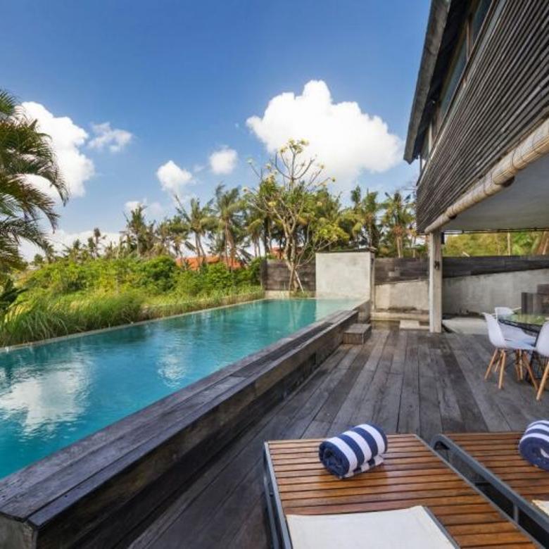 natural and classic modern villa in canggu