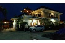 Villa Mewah Diatas Bukit Semarang