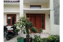 Rumah Baru Siap Huni di Jagakarsa masuk mobil 650 juta SHM dekat angkot
