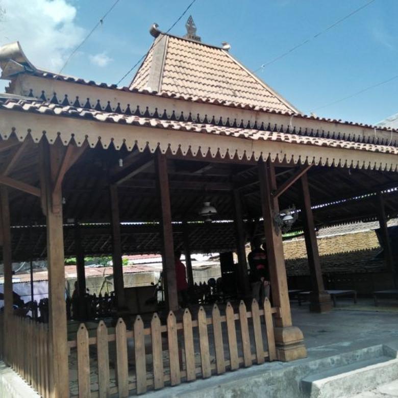 Rumah Joglo kayu Jati Antik bisa dipindah dan dirakit ulang