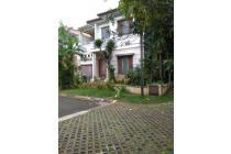 Rumah Hook di Taman Puri Bintaro Jaya, Model Klasik