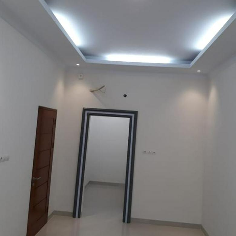 Rumah Baru 6x15 3 lantai SHM Muara Karang